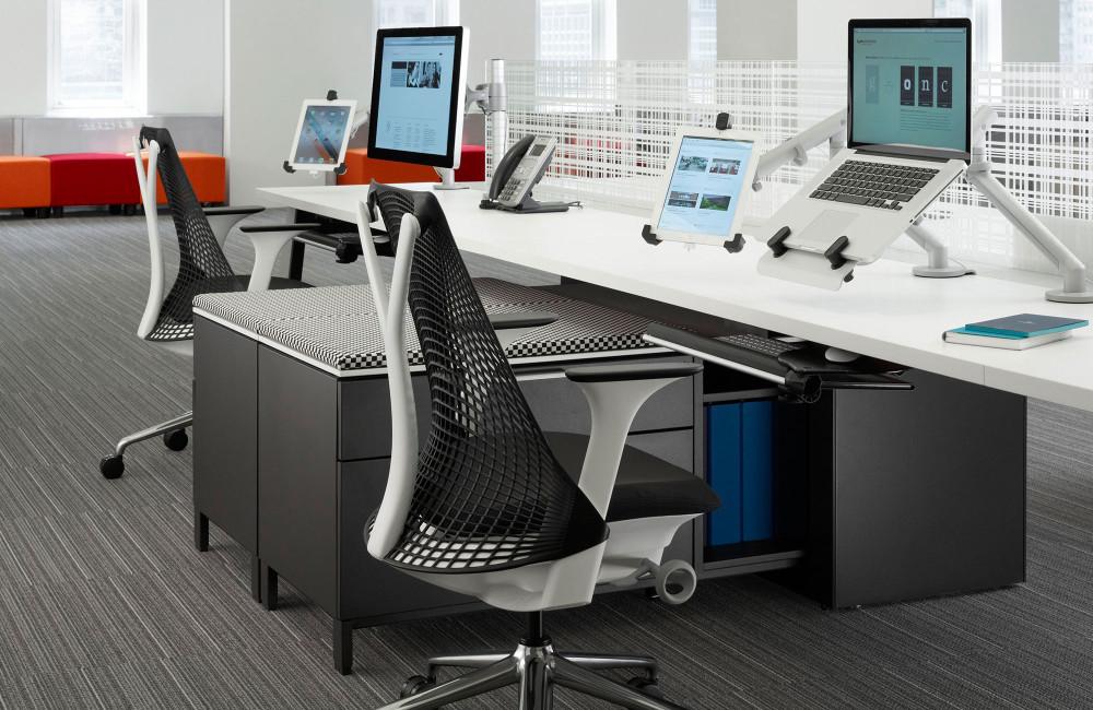 Mobiliario de oficina en barcelona adeyaka bcn for Muebles bcn