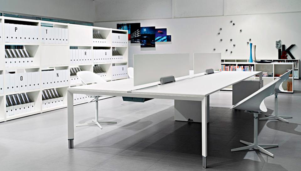 Sinetica barcelona mobiliario de oficina dise o italiano for Mobiliario oficina diseno