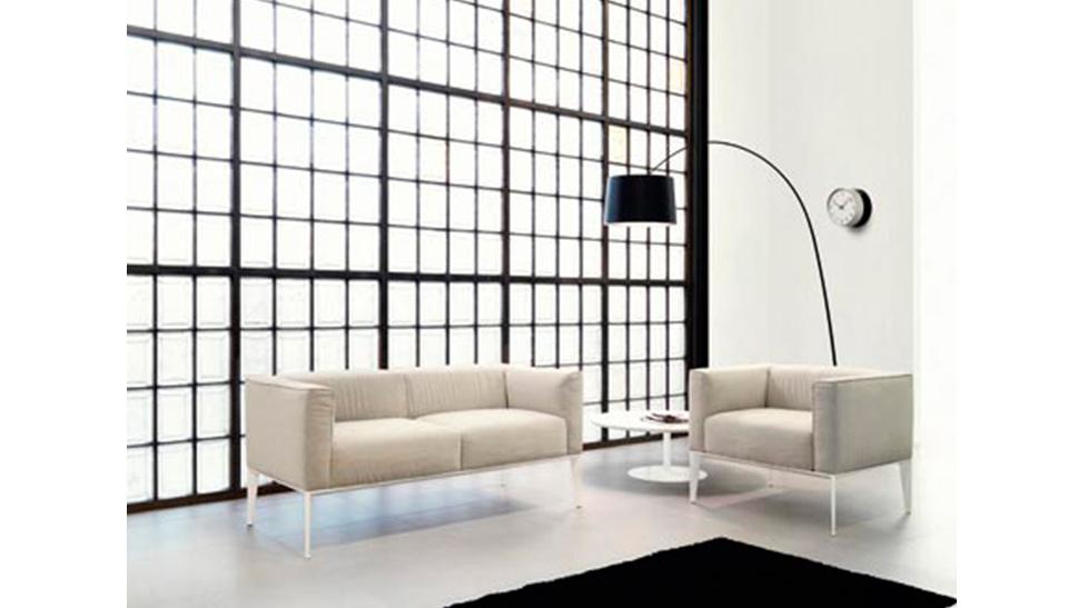 Arper barcelona sillas y butacas dise o made in italia for Sillas butacas diseno