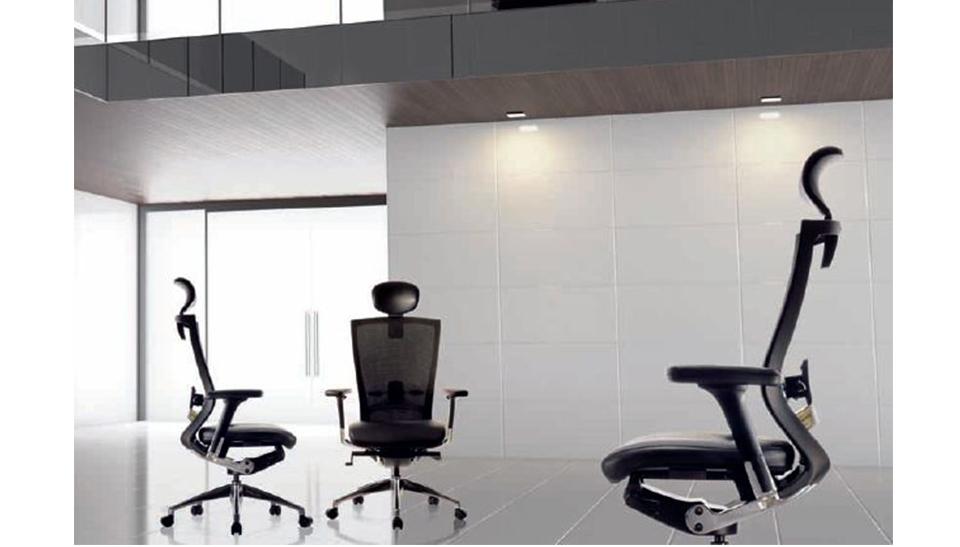 Silla ergonomica t50 sidiz 21 adeyaka bcn for Sillas oficina ergonomicas barcelona