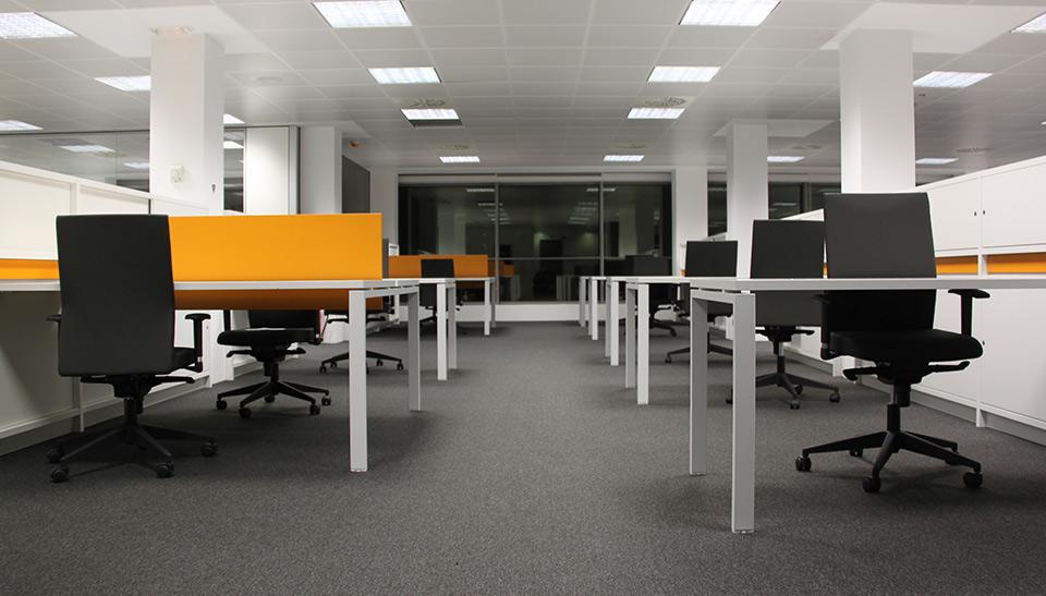 Reformas integrales de oficinas adeyaka barcelona 3 for Reformas oficinas barcelona