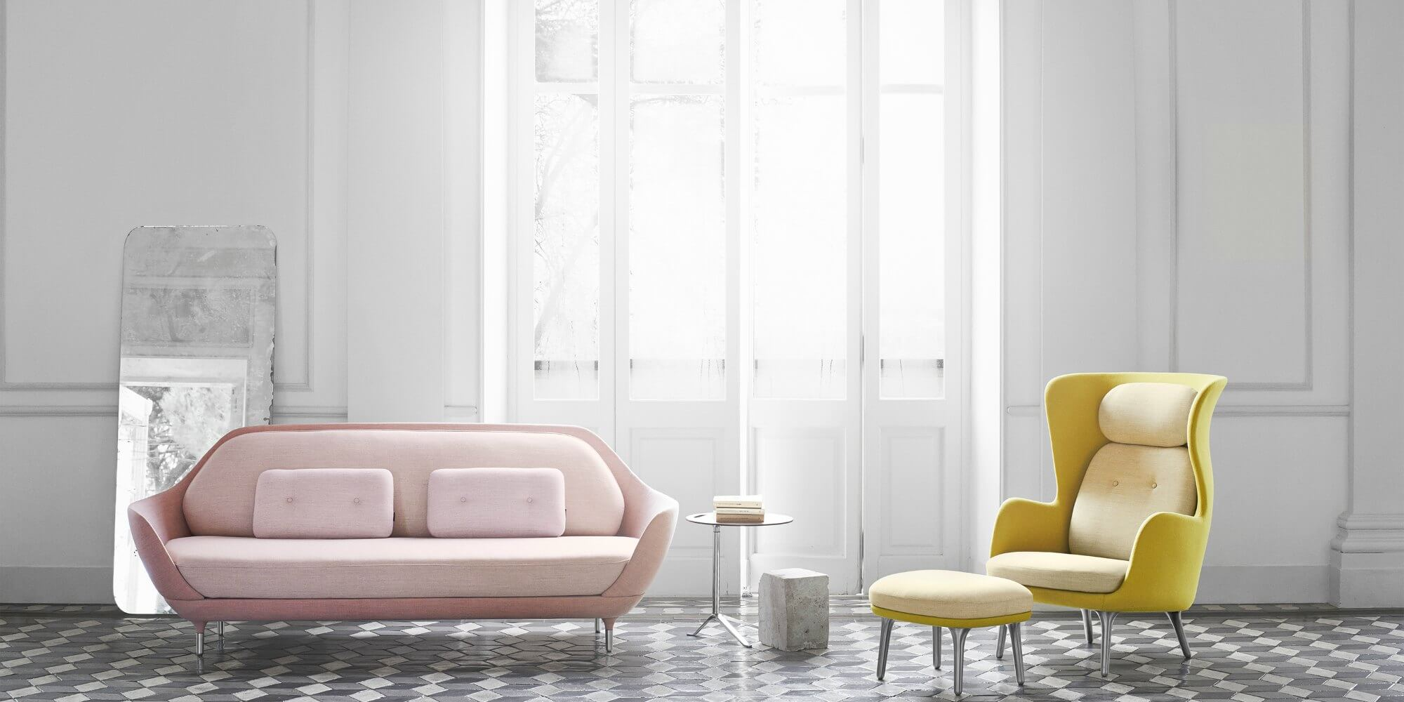 Butacas sillones y sofas fritz hansen adeyaka barcelona for Butacas y sillones