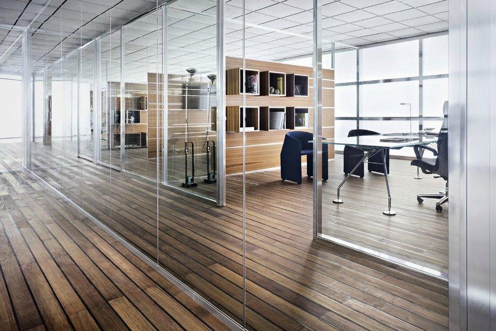 Mamparas divisorias de oficina Tecno Adeyaka Barcelona