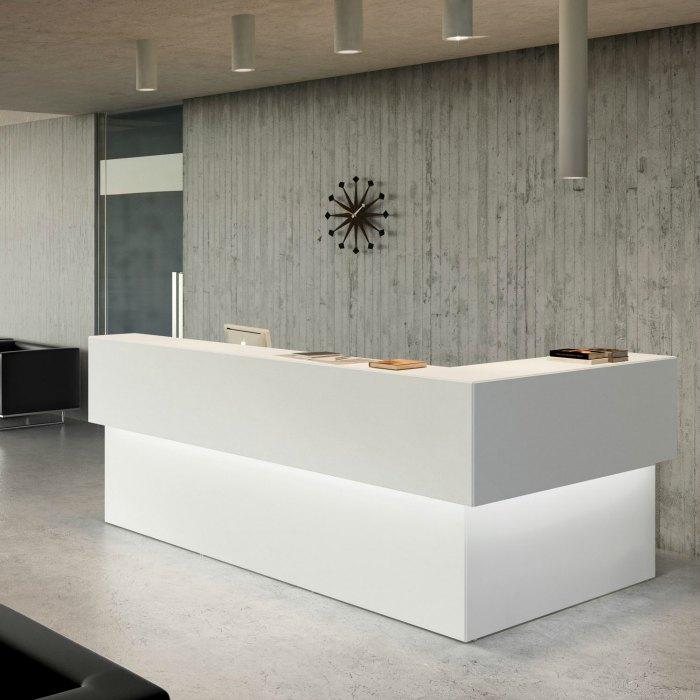Nuestros productos proyectos de oficinas adeyaka bcn for Mobiliario de oficina recepcion