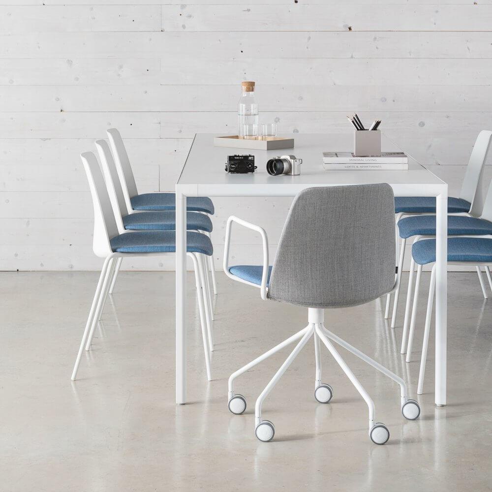 Inclass dise o de muebles para oficinas adeyaka bcn for Silla unnia inclass