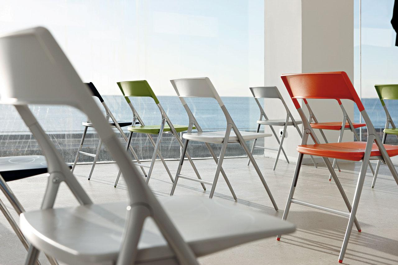 Sillas de oficina en barcelona cool muebles de oficina for Mobiliario oficina barcelona