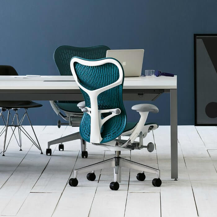 Sillas de oficina ergonomicas herman miller mirra 2 for Sillas ergonomicas para oficina