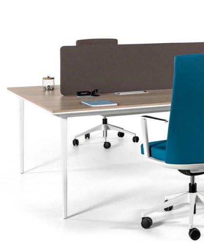 Mesas longo actiu muebles de oficina1 adeyaka bcn for Muebles de oficina ahora 12