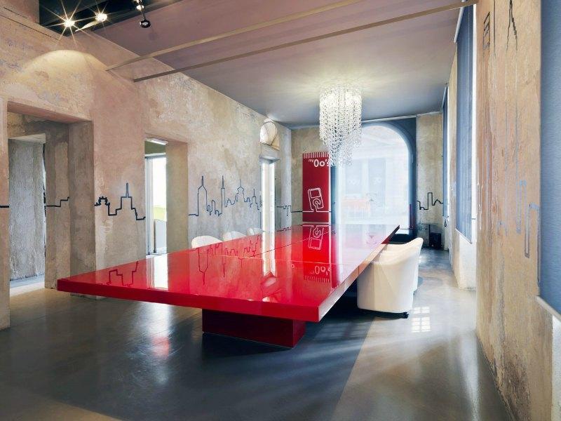 Mesas de juntas y reuni n adeyaka bcn - Interior designer famosi ...