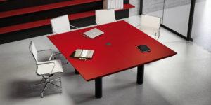 Mesas de juntas y reunion Multipli CEO Fantoni Adeyaka Barcelona