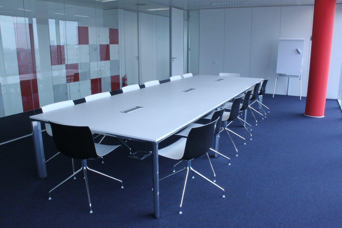 Proyecto llaves en mano Oficinas Raytheon Adeyaka Barcelona