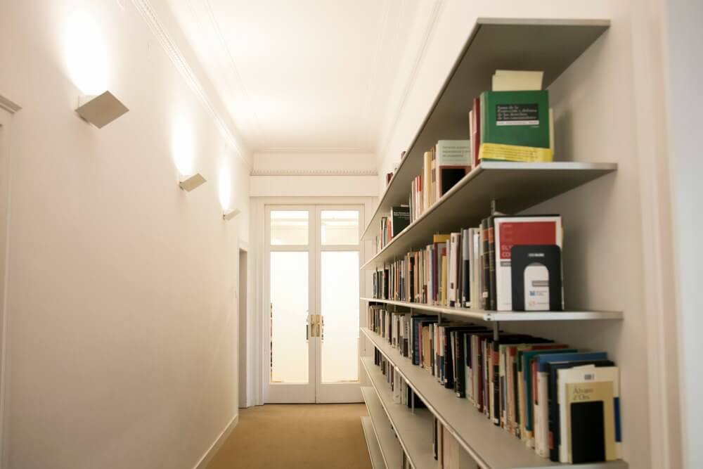 Proyectos Amueblamiento Oficinas Tornos Abogados Adeyaka Barcelona