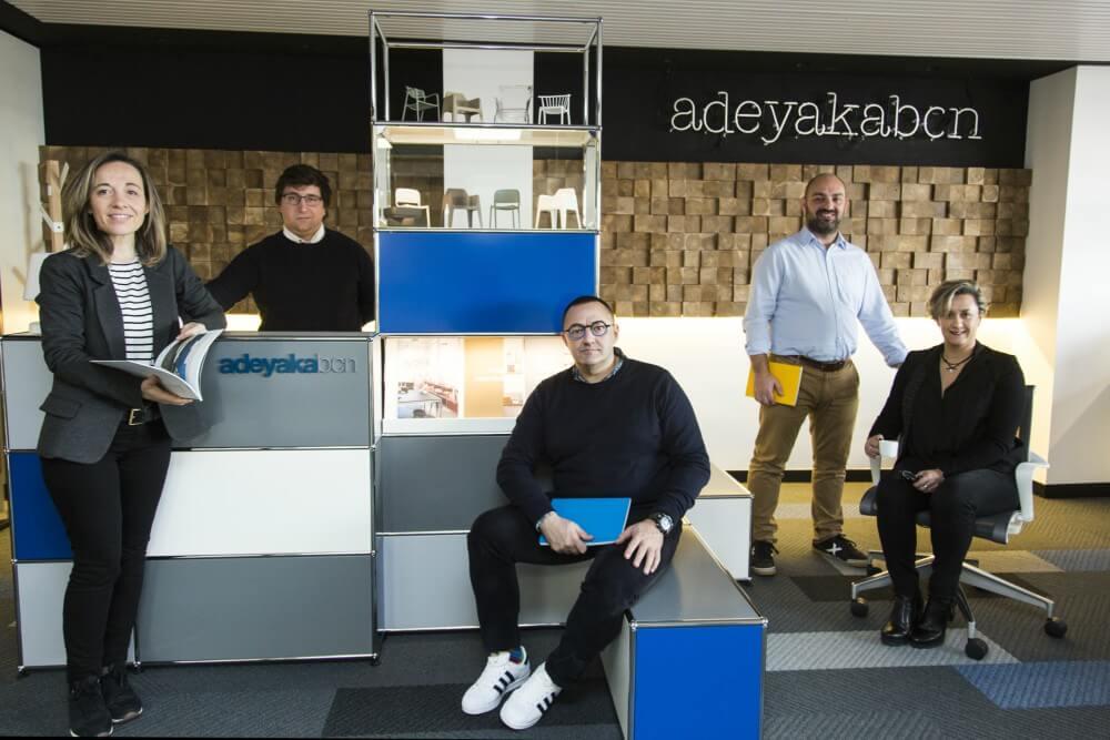 Equipo Adeyaka Bcn en nuestra oficina