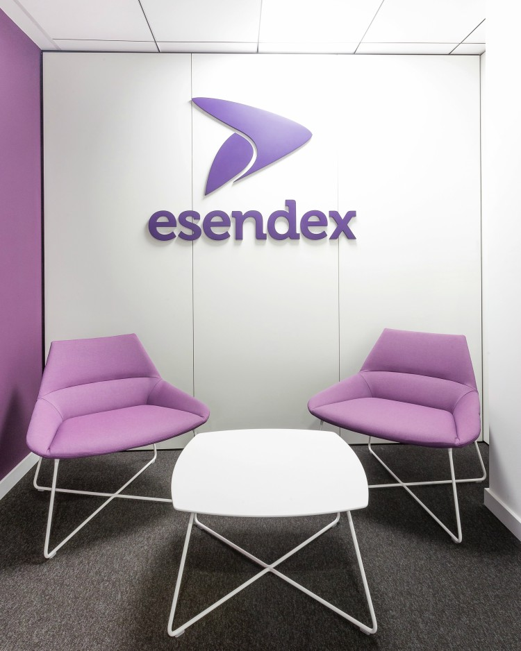 reformas integrales de oficinas ESENDEX adeyaka bcn